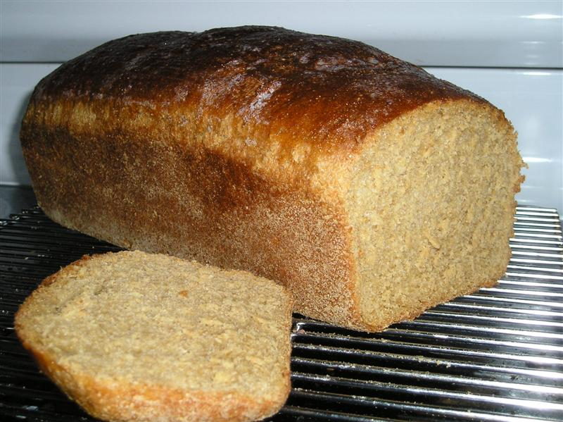 Whole Wheat Bread with Honey and Molasses