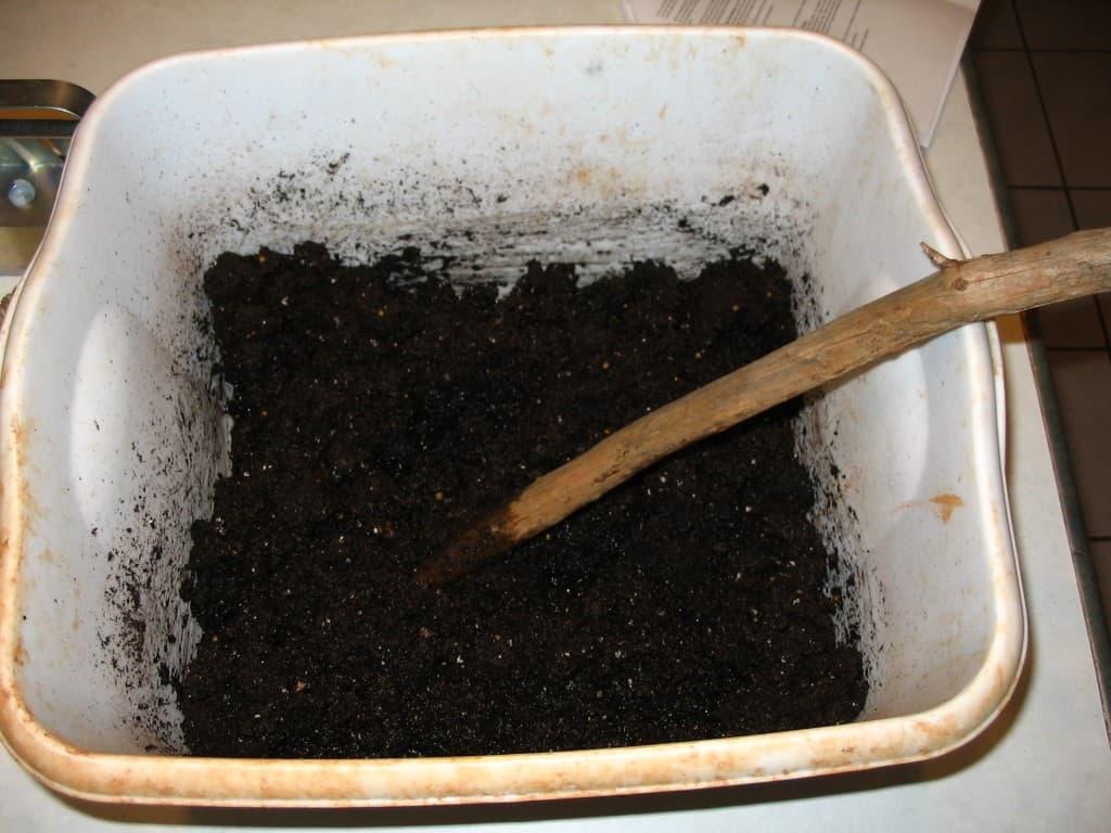 mixing seed starting mix
