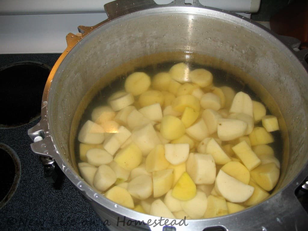 canning potatoes-1