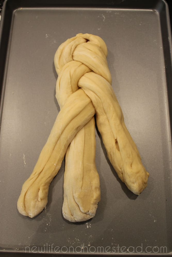 braiding bread 7