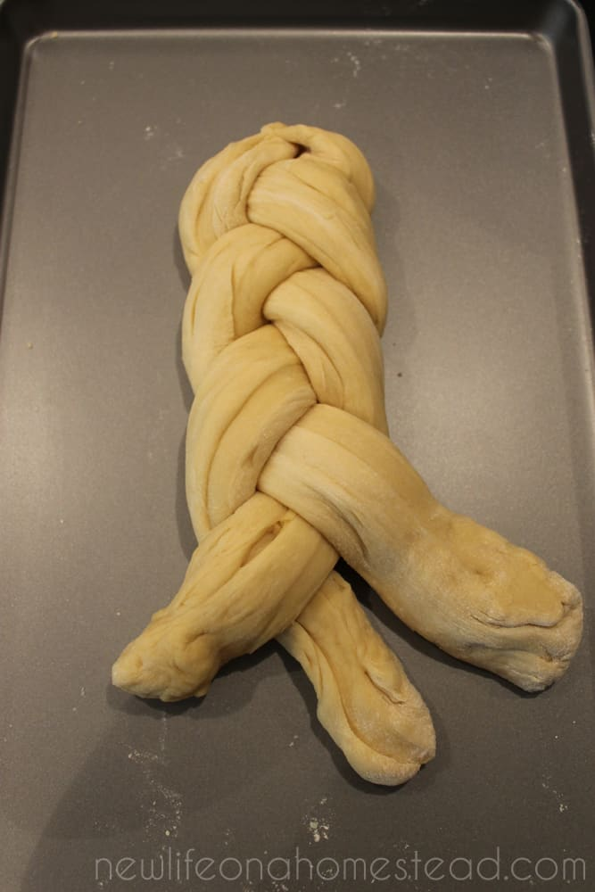 braiding bread 9