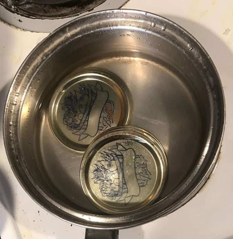boiling sterilizing canning lids