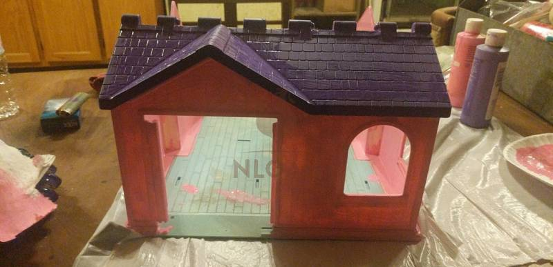 doll house with painted roof