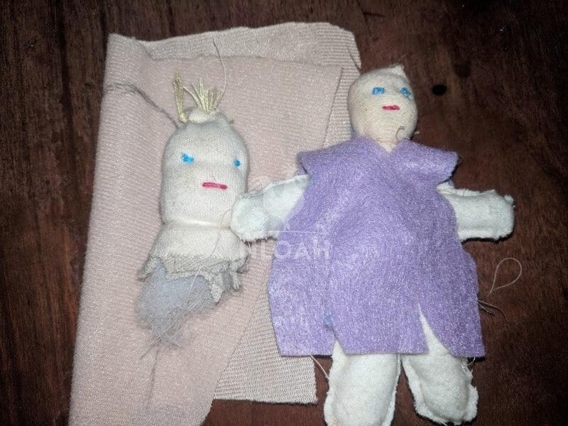 dollhouse waldorf dolls