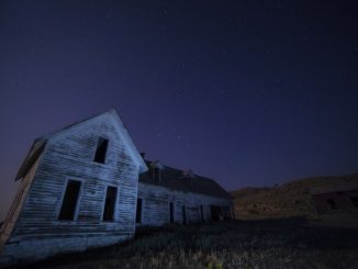 house in the dark